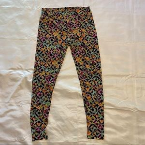 LuLaRoe leggings tc (12-18)